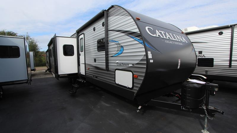 2018 Coachmen Catalina 313dbd 2018 Motorhome In Winter